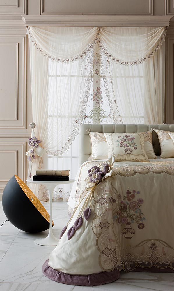 Роскошный комплект штор для спальни