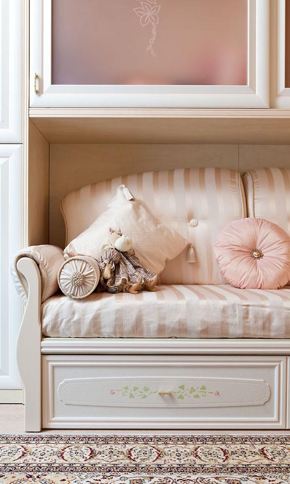 Декоративные подушки FABRICUT