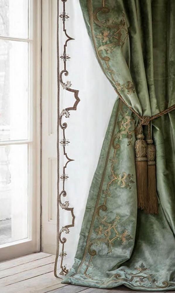 Итальянские шторы для классического интерьера