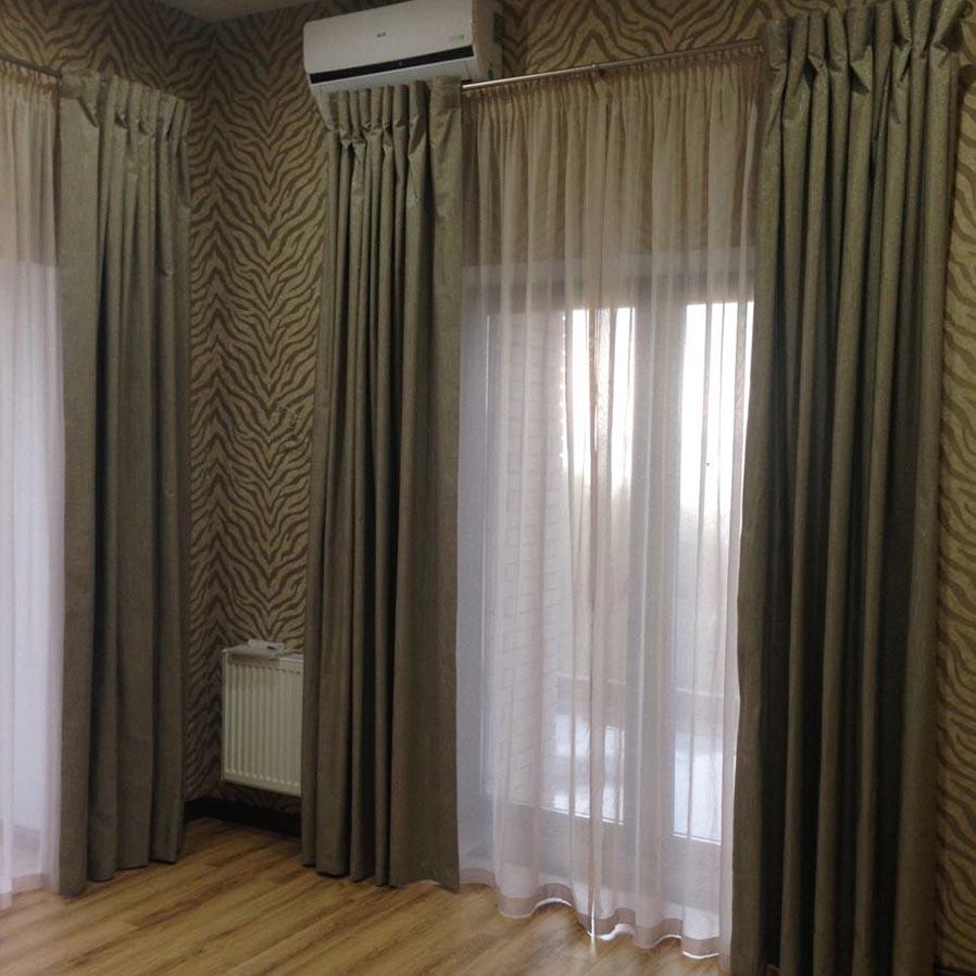 Шотландские шторы для гостиной